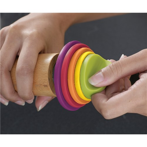 Joseph Joseph Adjustable Rolling Pin with Measuring Rings Multicolour