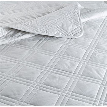 Odyssey Living Diamond 250GSM Cotton Quilt Double