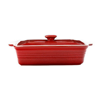 Maxwell & Williams Cucina Rectangular Casserole with Lid Red Gift Boxed 32 x 24 x 10cm
