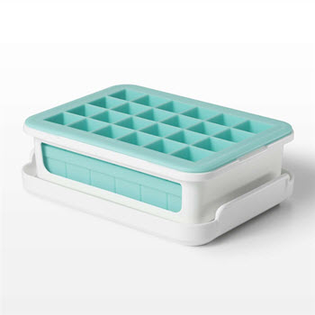 OXO Good Grips Covered Ice Cube Tray Small Cube